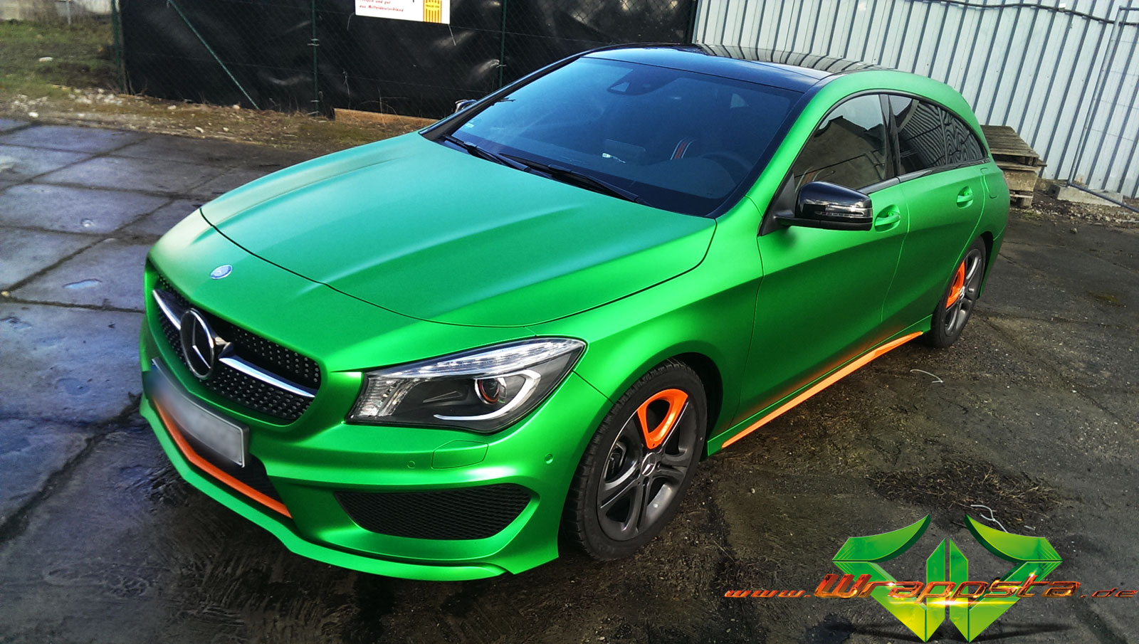 mercedes cla matte green chrome wrappsta berlin
